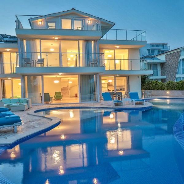 Villa OLI