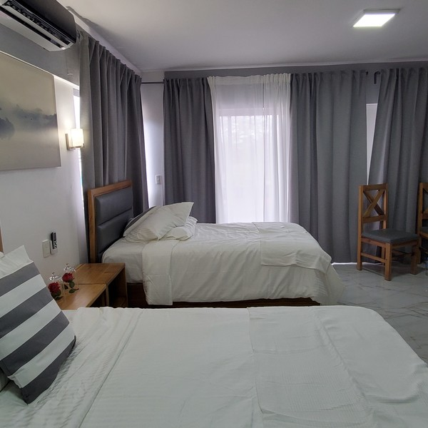 Deluxe Double Suite - With Balcony