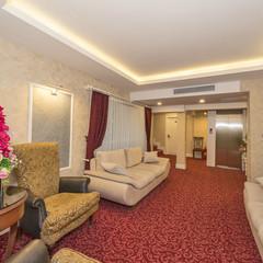Elfida Suites